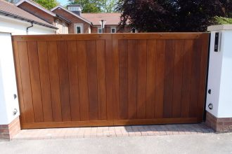 Hardwood-Sliding-Gate-1