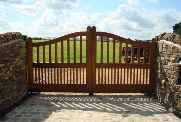 Timber-Gates-4